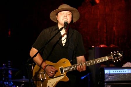 Jason Isbell u Dentonu 2011. godine
